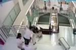 Chinese exercise extreme caution when riding escalators after mishap - 18