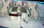 Chinese exercise extreme caution when riding escalators after mishap - 28
