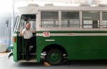 A glimpse of the nostalgic past: Old buses appear in Singapore again - 0