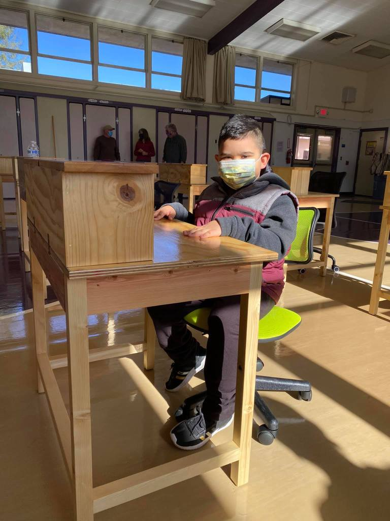 Seniors4Students student choosing desk
