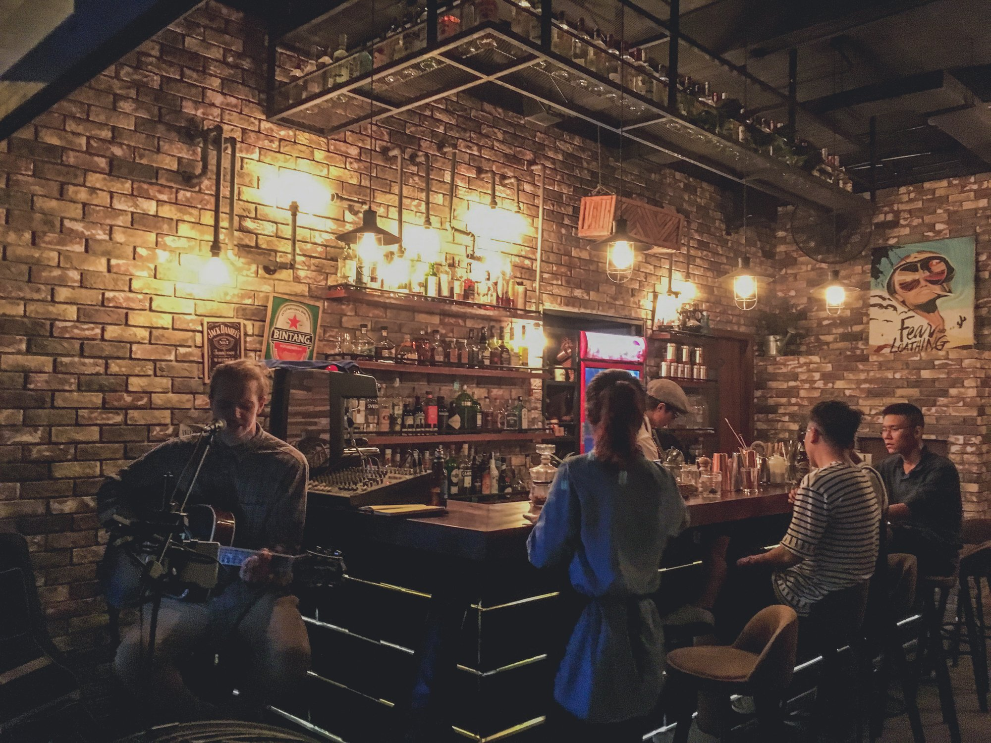 Live music and cocktails at Wanderlust Cafe and Cocktail bar in Da Nang, Vietnam