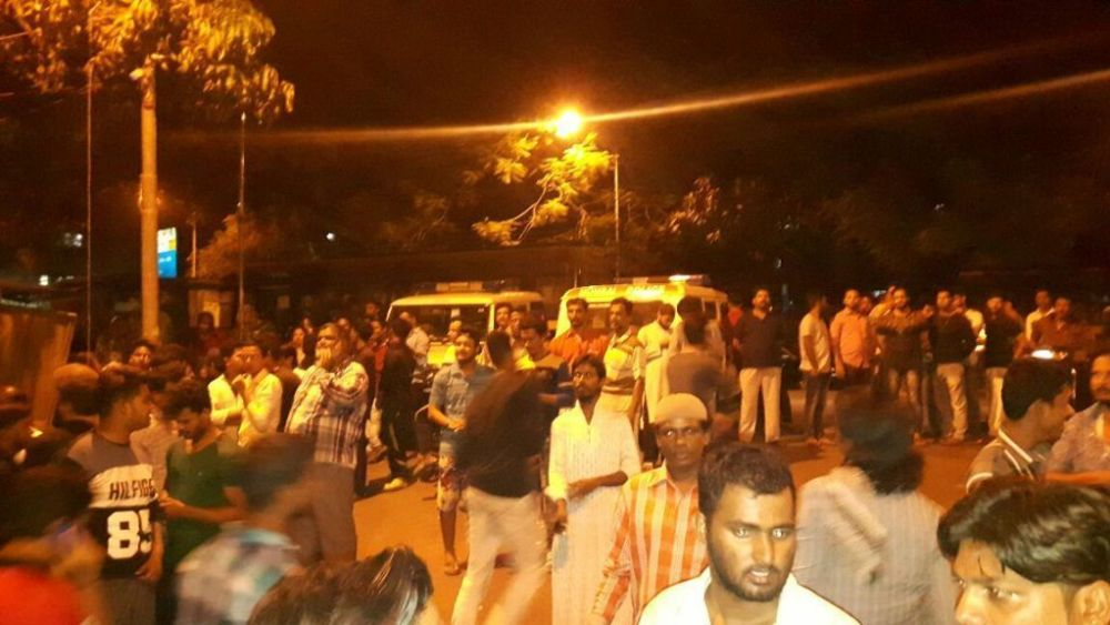17 including AIMIM corporator arrested for torching police vehicles, attacking cops in Trombay