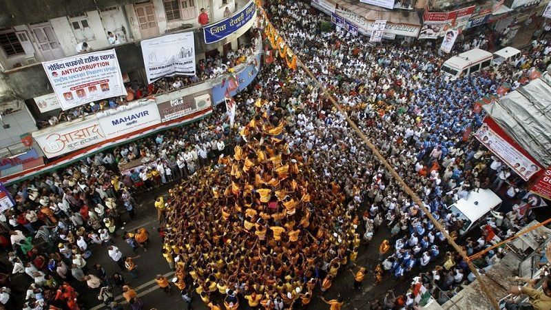 2 dead, 117 injured in Dahi Handi celebrations