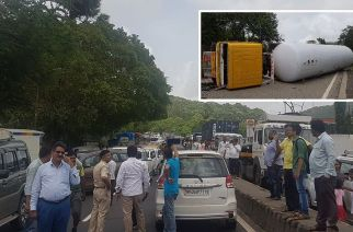 The tanker accident led to a gas leakage and affected vehicular traffic from Thane, Borivali and Vasai (Main Picture Courtesy: Dinesh Verma | Inset: The overturned tanker)