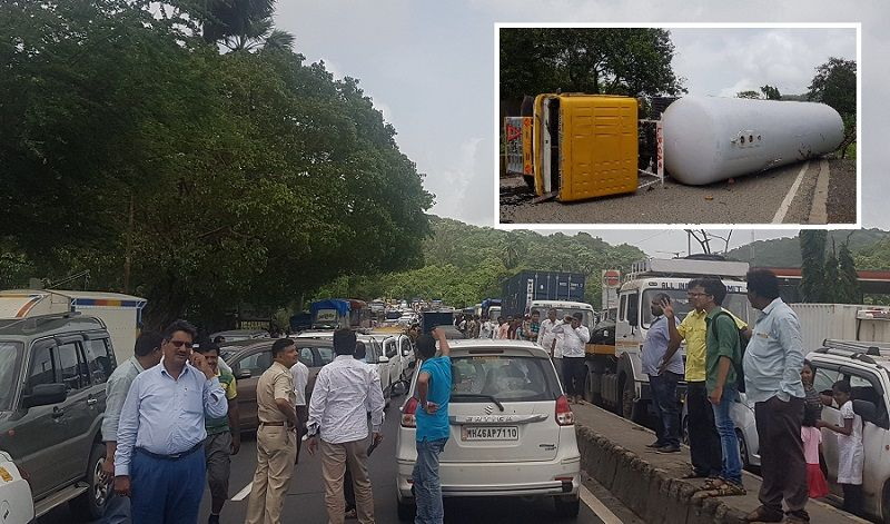 In Pics: Tanker overturns on Ghodbunder Road, vehicular movement halted due to gas leak