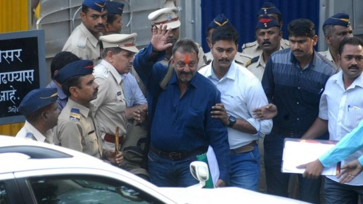 Justify decision to grant early release to Sanjay Dutt: Bombay HC to Government