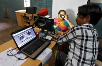 Near 4,000 staffers of the postal department would issue Aadhaar cards in addition to discharging their postal duties (Representational Image)