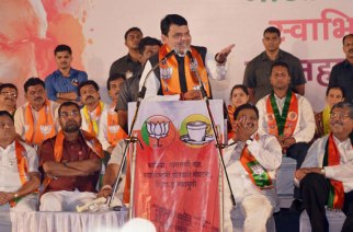 CM Devendra Fadnavis at an election rally. Picture Courtesy: PTI