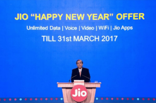 Mukesh Ambani announcing the launch of Reliance Jio's 'Happy New Year' offer