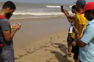 A group of youngsters catching Pokemon. Picture: Pokemon Go Mumbai/Facebook