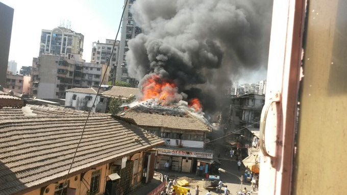 Video: Massive fire breaks out in Arab Galli in Kamathipura near Grant Road 1