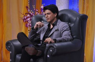 SRK travels like a King, takes flight to avoid traffic