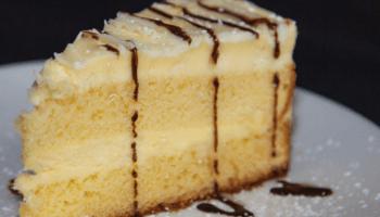 Limoncello Cake, Eddie's Napolis Plano