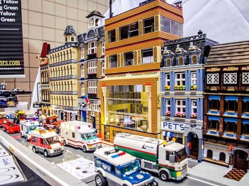 BrickUniverse Plano Fan Lego Expo, Plano Centre