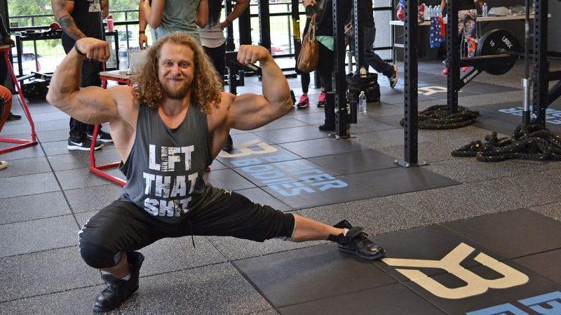 jon call jujimufu body builder acrobatic + anabolic and tricking at fitcon 2016