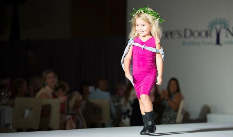hopes-door-fashion-show-little-abi