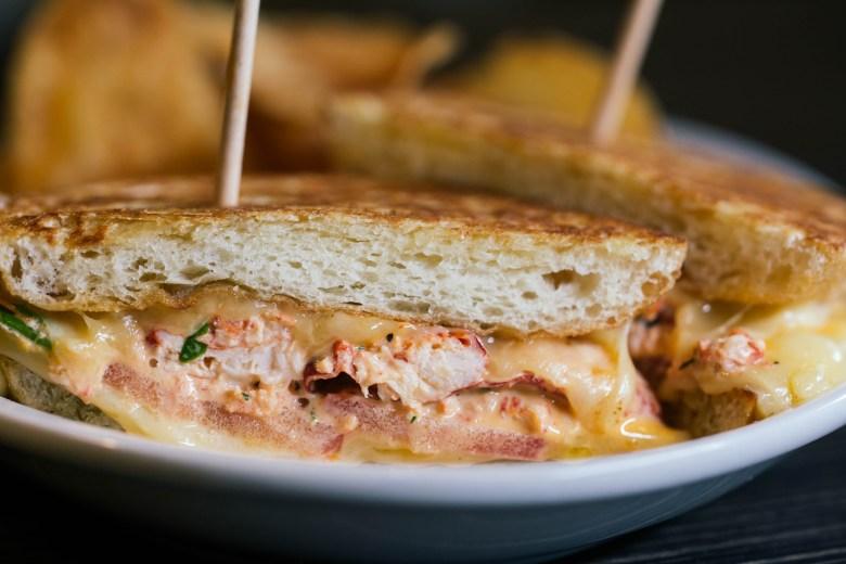 east-hampton-sandwich-co-frisco-star