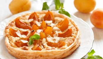 plano-profile-recipes-almond-apricot-tart