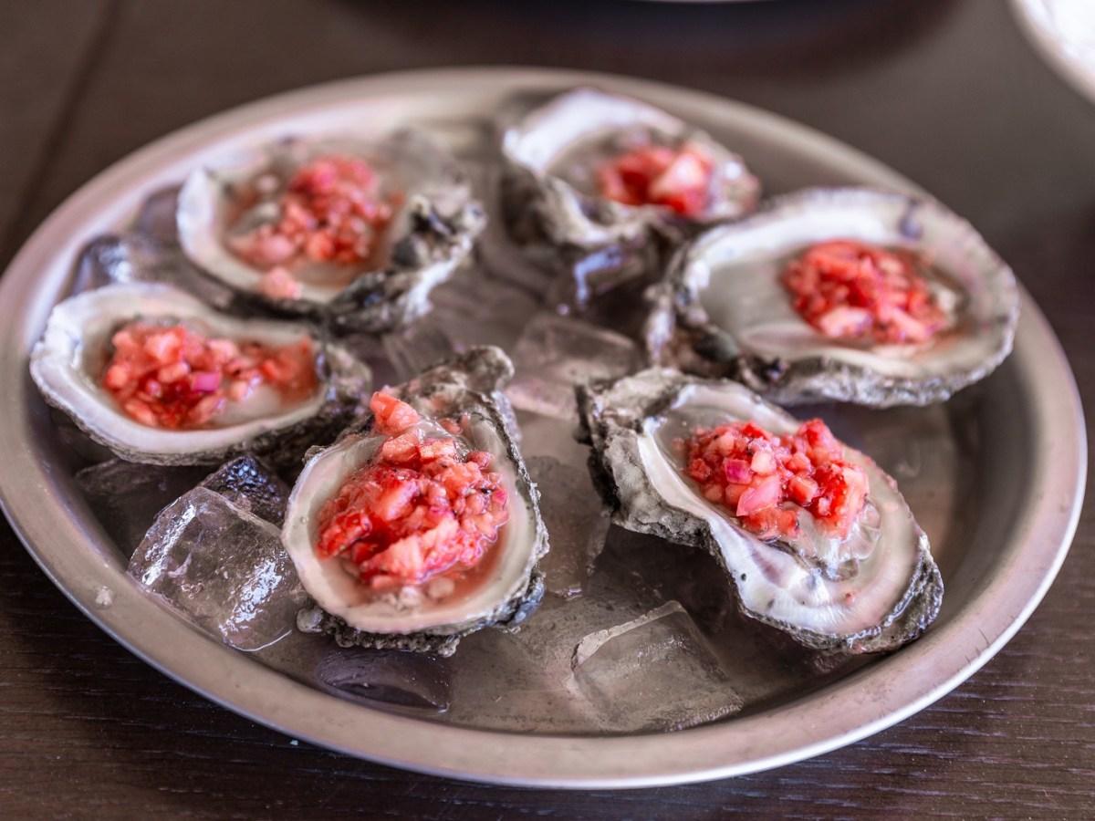 raw oysters hall shelf