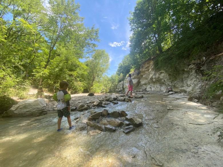 taychas trail at limestone quarry park.