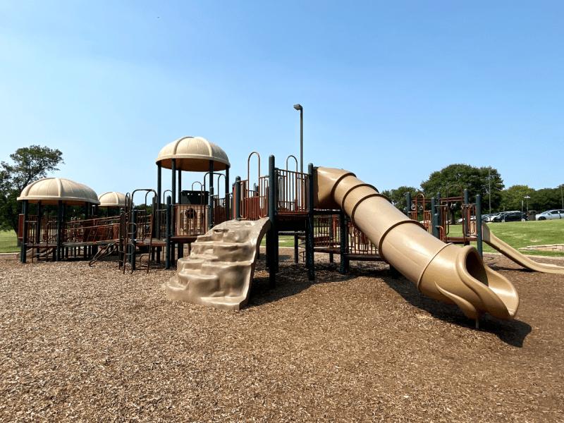 bob woodruff park, plano, best playgrounds plano