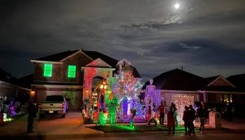 things to do this weekend in dallas, halloween, best neighborhoods for trick-or-treating, trick or treat, burkman house, frisco