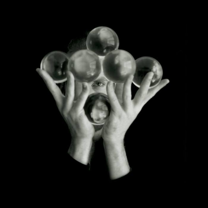 Richard Hartnell Contact juggling