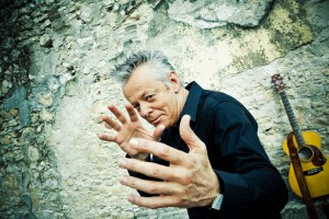Tommy Emmanuel photo by Simon Cecchetti