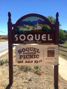 Soquel sign painted by artist Lee Blair in the 1980s, after he won the Soquel Urban Design contest.