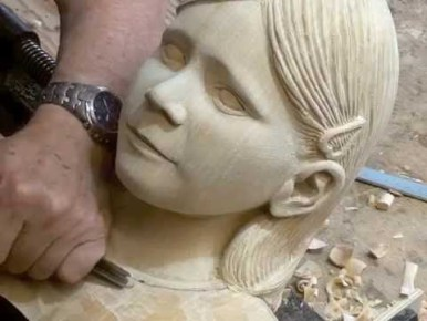 Video: How to Wood Carve a Portrait