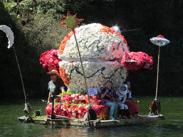 "Case Finkel's previous float: ""Inter-Galactic Begonia Explorer"". Grand Prize Winner, 2016."