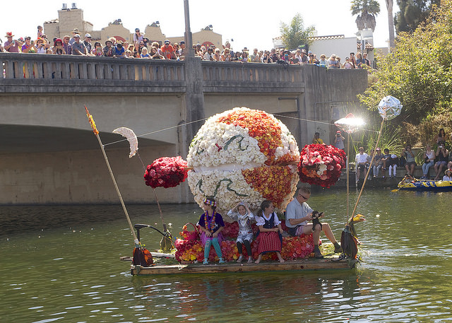 Case Finkel's 2016 float traveling under Stockton Bridge.