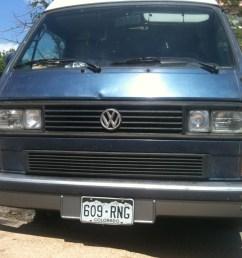 van pulled over on i 40 [ 2048 x 1536 Pixel ]