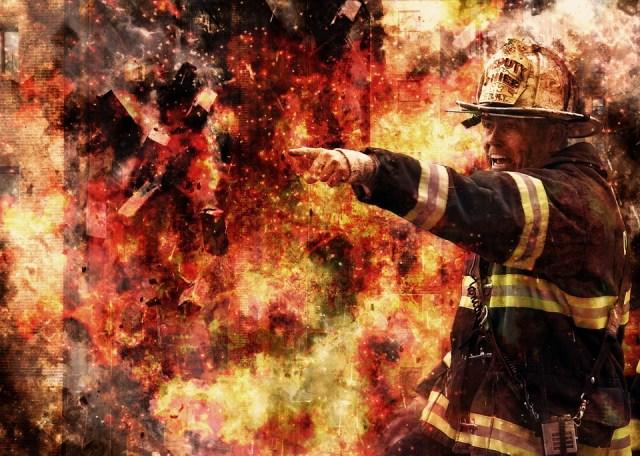 firefighter-502775_960_720.jpg
