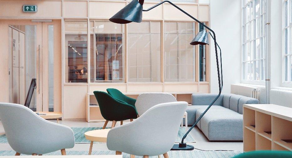Bureaux fermés VS open-space, avantages et inconvénients