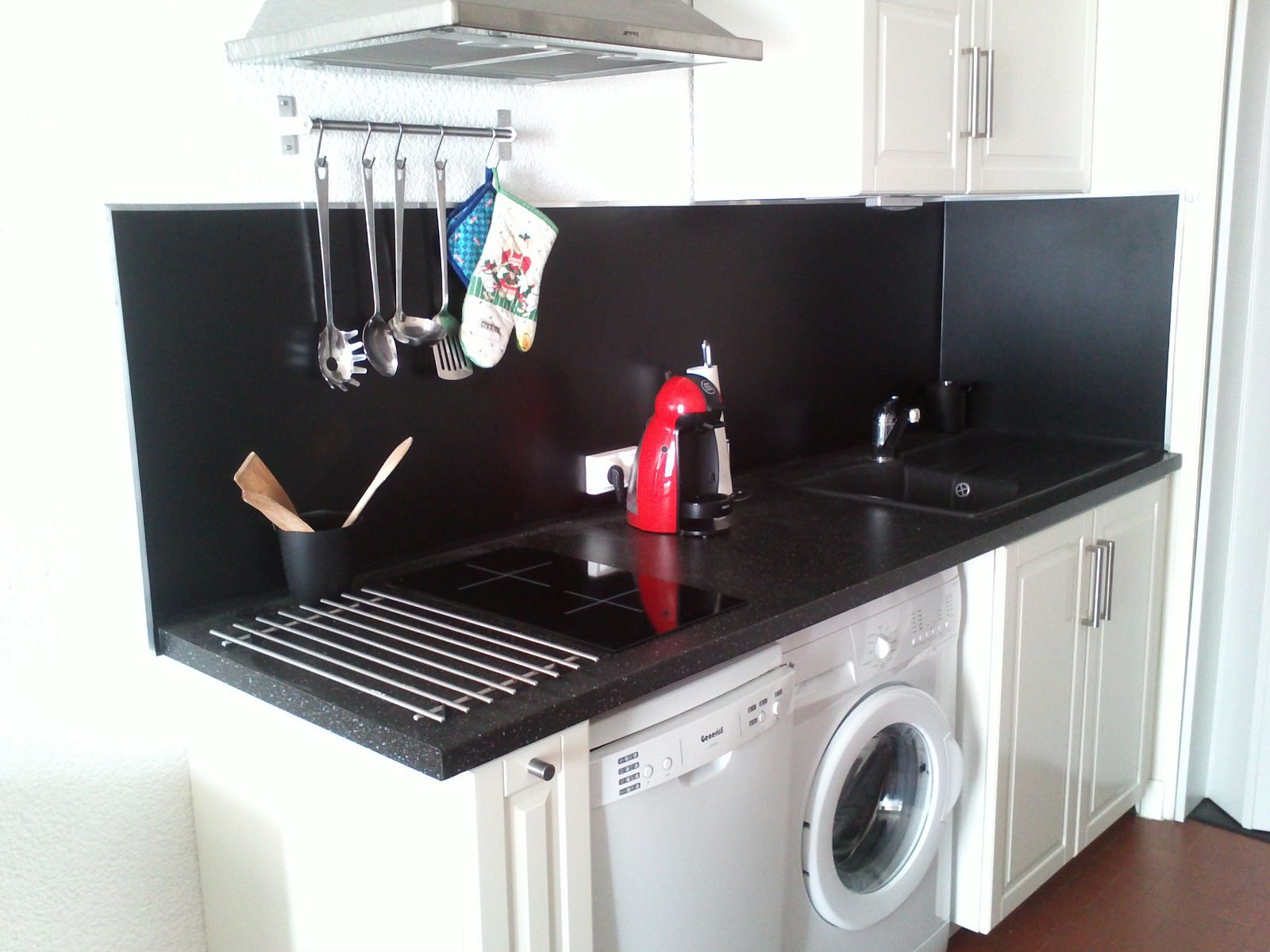 meuble cuisine four plaque
