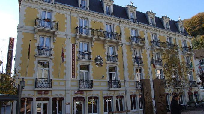 800px Plombières Les Bains   Hôtel