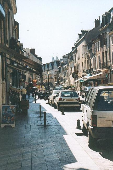 La rue Berbisey  Location Appartement Dijon