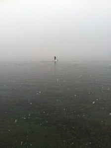 stand up paddle sous la neige