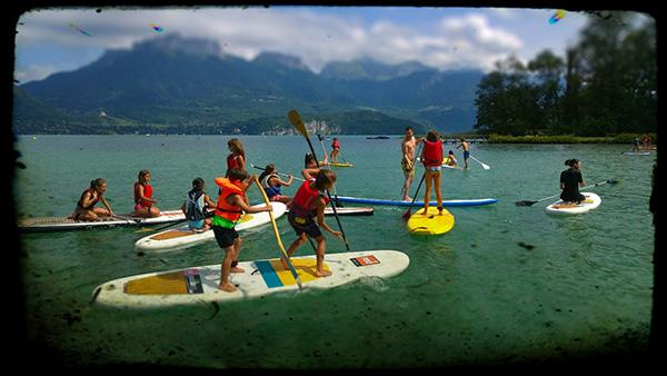 paddle en famille sur le lac d'Annecy