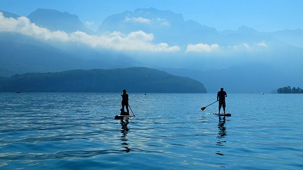 Stand up paddle lac d'Annecy en septembre