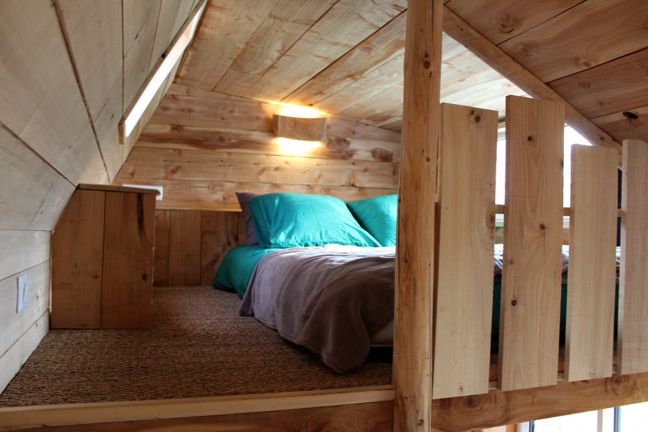 chambre en mezzanine tiny house 2