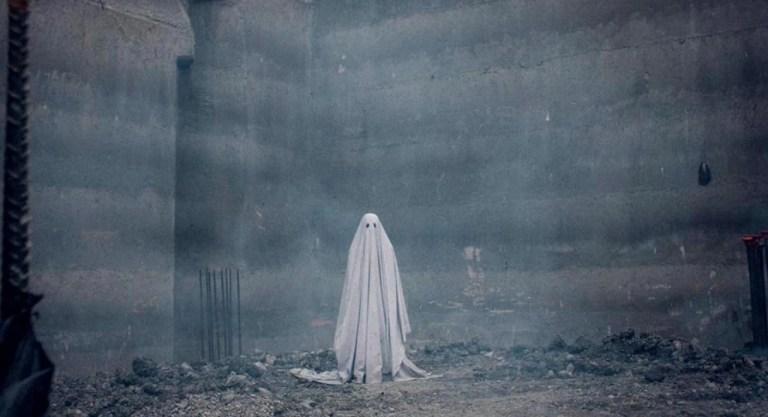 storia di un fantasma recensione film