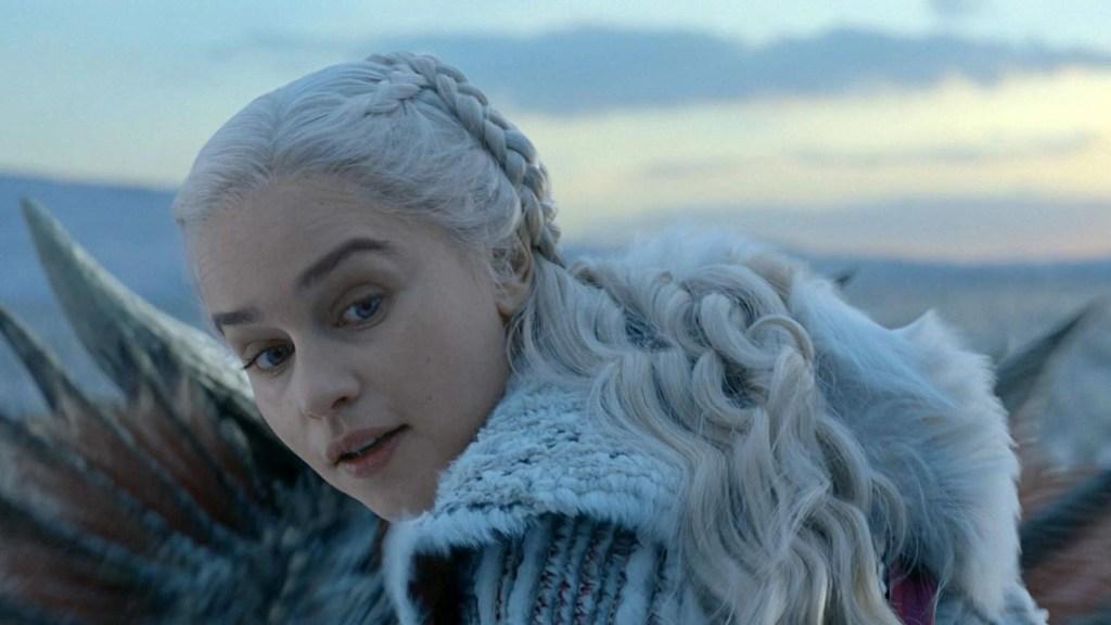 Emilia Clarke in il Trono di Spade 8