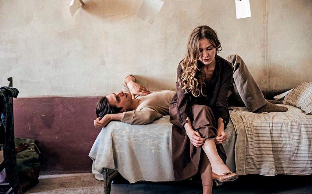 Luca Marinelli and Jessica Cressy coppia dopo l'amore