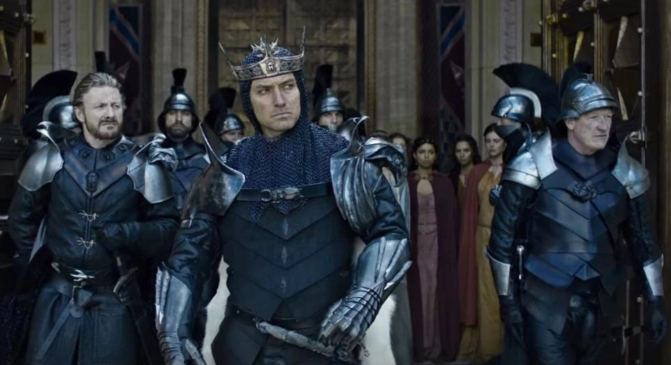 King Arthur - Il potere della spada: La leggenda riscritta in stile Ritchie 4