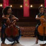 Logan Browning e Allison Williams in The Perfection