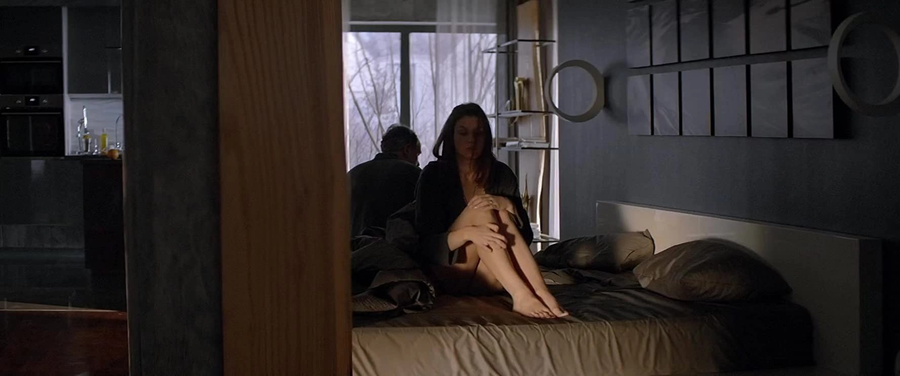 loveless-frame