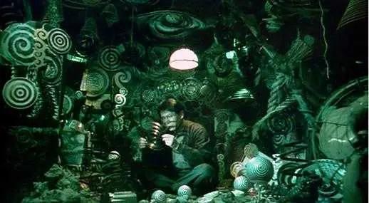 Scena del film Uzumaki