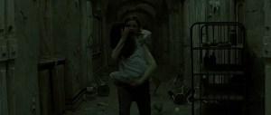Calista Flockhart e Yasmin Murphy in Fragile (2005)